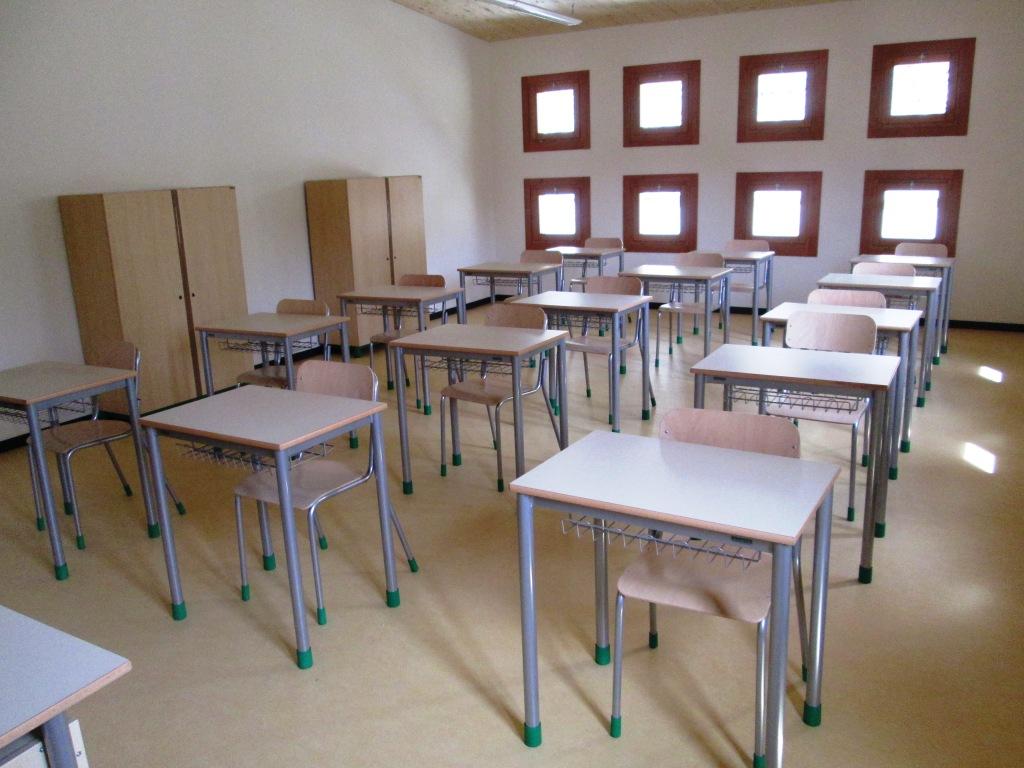 Alcune realizzazioni arredi scuola for Arredi scolastici